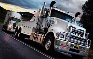 The Wagga Truck Towing Trident