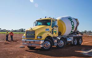 ST&T - MAck Trucks Australia Metro-Liner Review